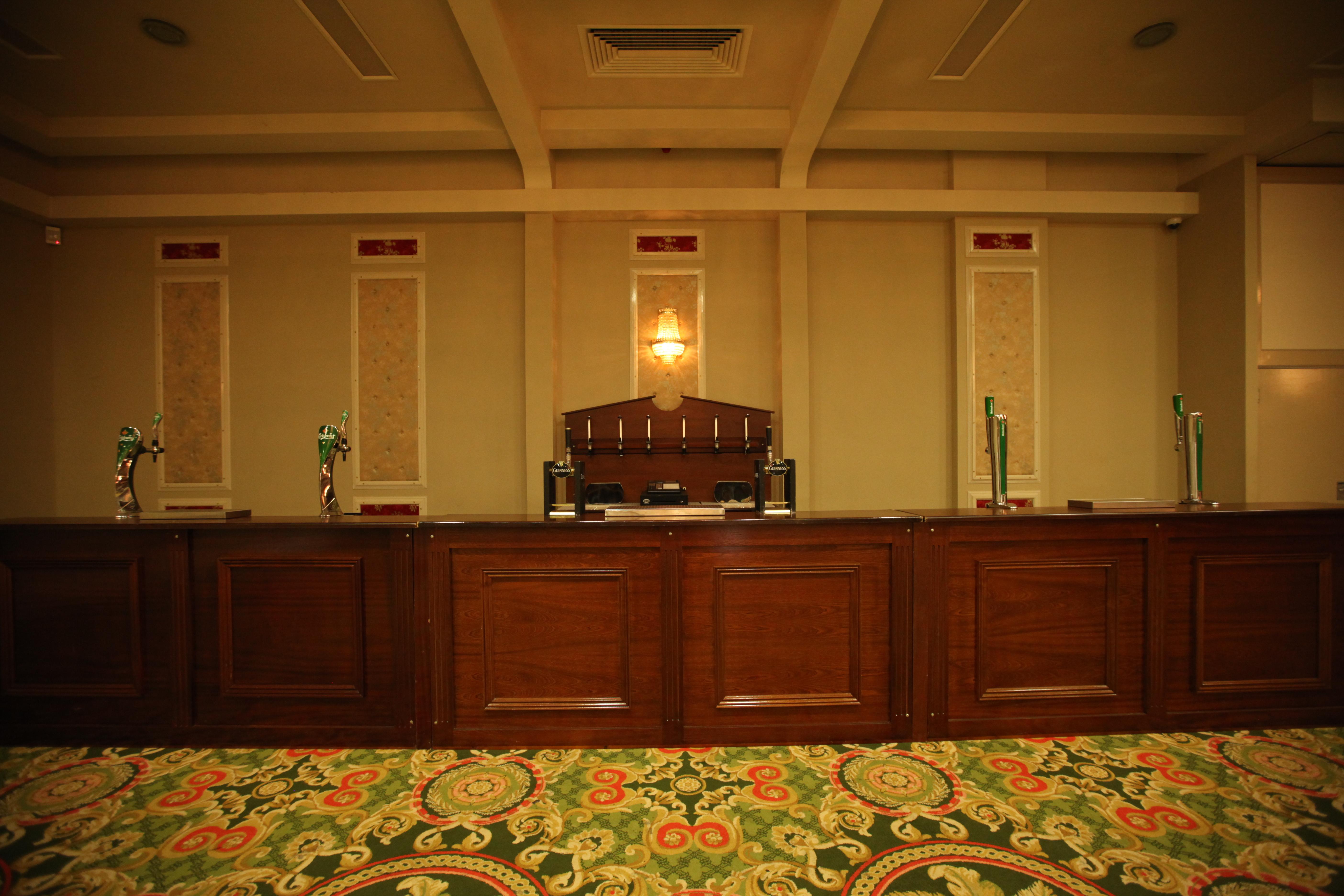 banquet bar 24ft event bars ltd. Black Bedroom Furniture Sets. Home Design Ideas