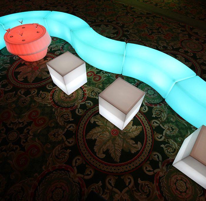 LED Snake Bench€45.00
