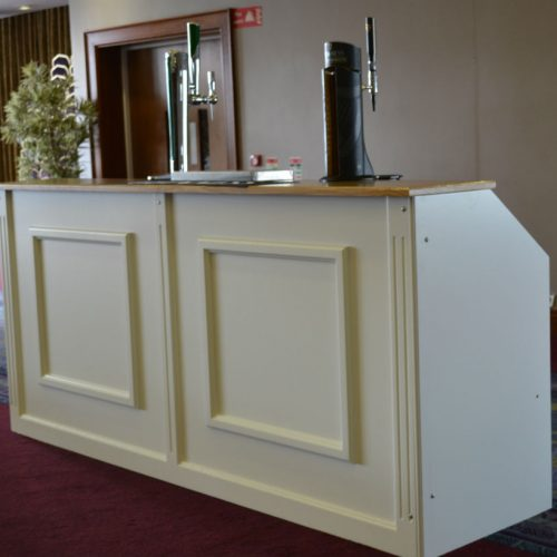 Ivory Banquet Bar- 8ft€195.00