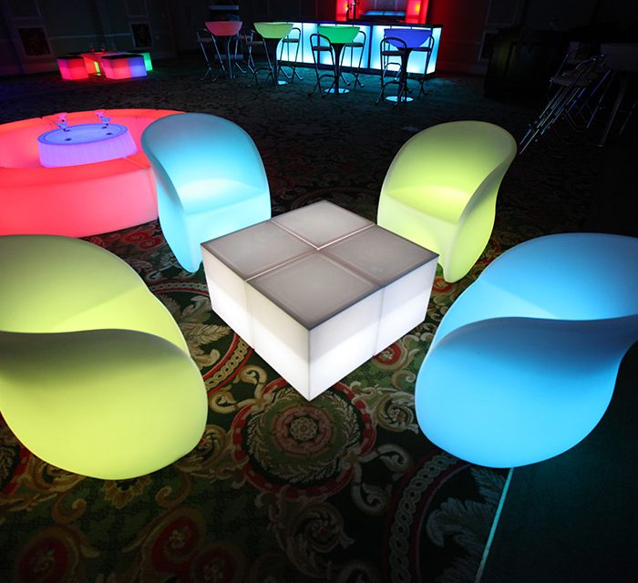 LED Table-Cube€20.00