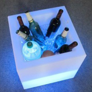 LED Ice Bucket€15.00